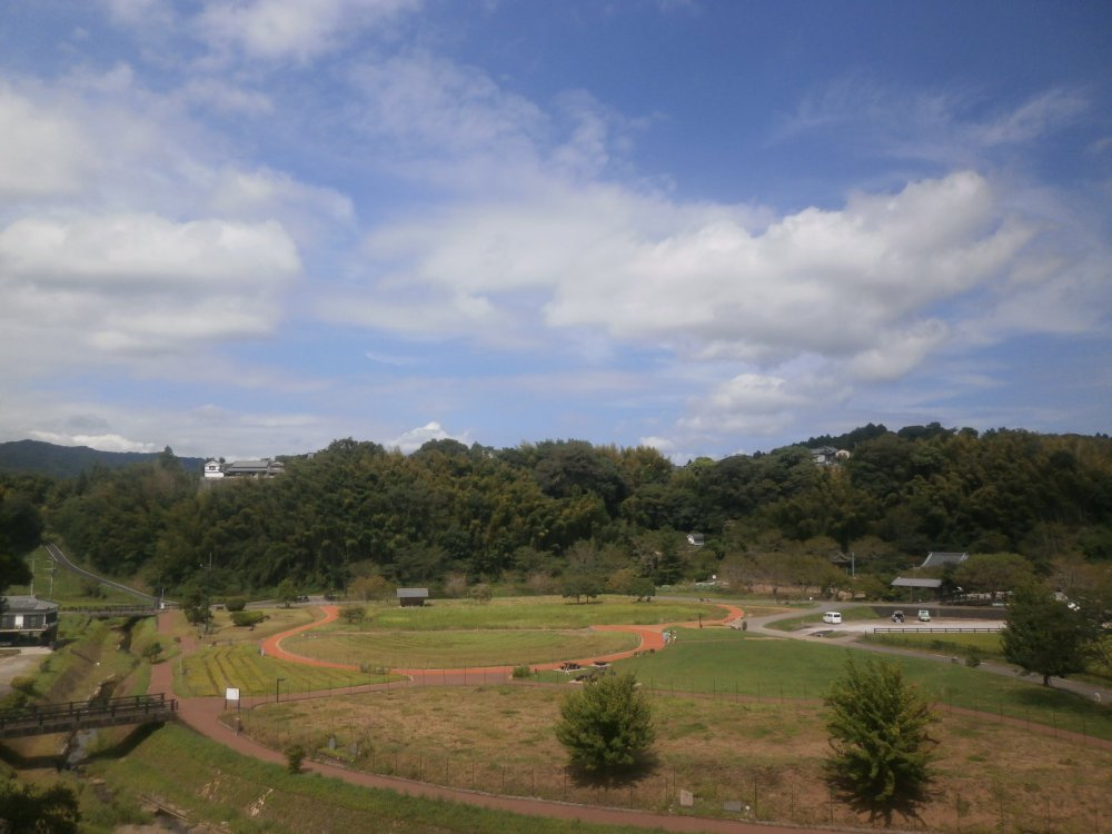 石仏公園 ハート形の小路