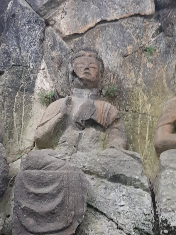 ホキ1群1龕の釈迦如来像