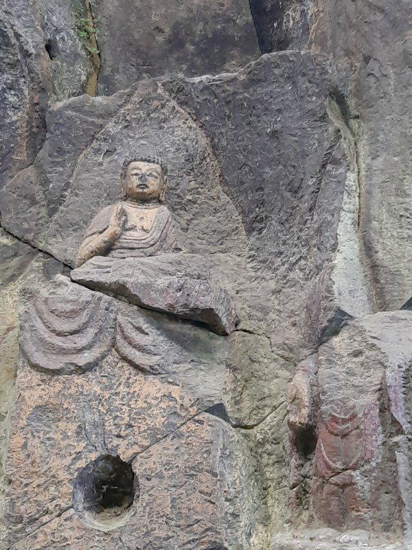 ホキ1群3龕の釈迦如来像