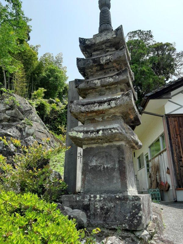 満月寺五重塔